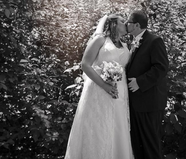 Dixon Wedding :: Kalamazoo Area Wedding Photographer